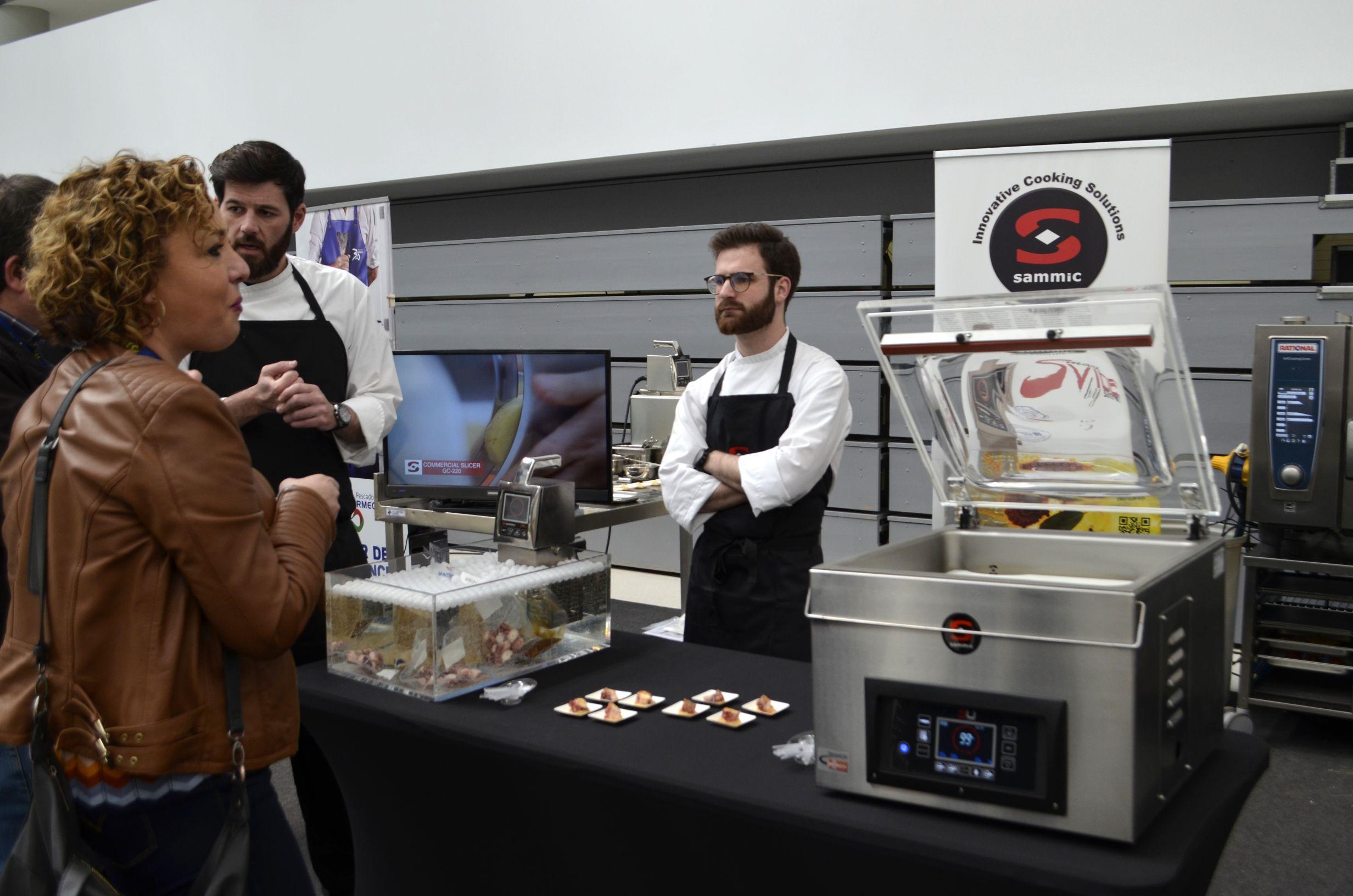Miniature gastronomy with the sous vide solution sous for Cuisine sous vide
